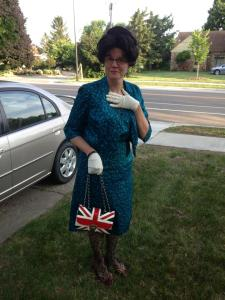 Suzette as Queen Elizabeth II.
